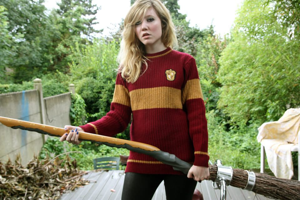 484076 10152007464825005 1795530221 n - Conheça a Lochaven, empresa responsável pelo figurino oficial dos alunos de Hogwarts.