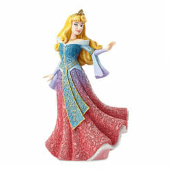 AURORA VESTIDO CAPA DE A BELA ADORMECIDA COUTURE DE FORCE DISNEY SHOWCASE BY ENESCO 247x247 - Aurora Couture de Force Disney Enesco