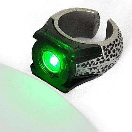 Anel Lanterna Verde Réplica Oficial que Acende