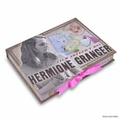 CAIXA DE ARTEFATOS HERMIONE OFICIAL NOBLE COLLECTION2 247x247 - Caixa de Artefatos Hermione Granger Oficial