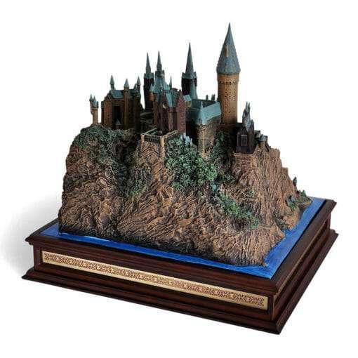 Castelo de Hogwarts Oficial versao Diorama Replica Oficial Noble Collection5 510x510 - Castelo de Hogwarts Oficial versão Diorama