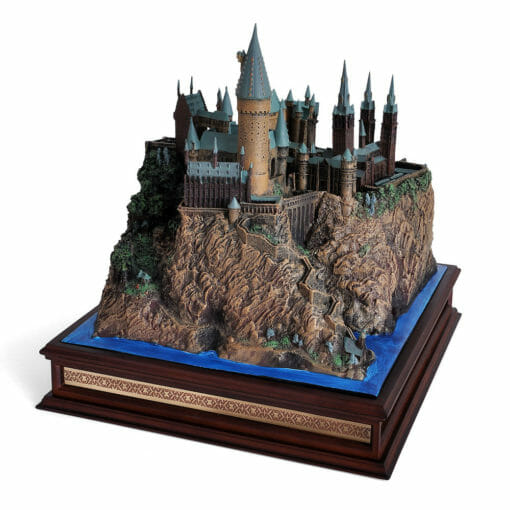 Castelo de Hogwarts Oficial versao Diorama Replica Oficial Noble Collection6 510x510 - Castelo de Hogwarts Oficial versão Diorama