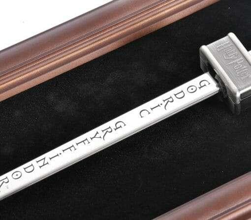 Espada de Godric Gryffindor Oficial