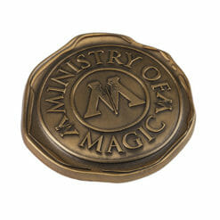 L Ministry Of Magic Seal Pin 1242679 247x247 - Pin Selo Ministério da Magia Oficial Harry Potter