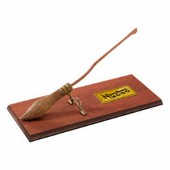 Nimbus 2000 Noble Collection Miniatura 247x247 - Vassoura Nimbus 2000 Réplica Oficial Miniatura