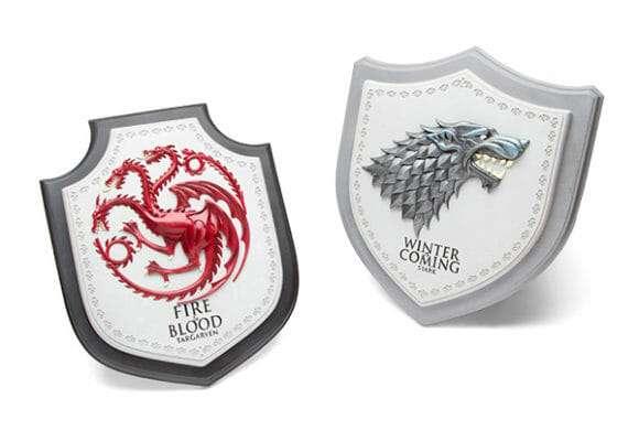 PLACA BRASAO TARGARYEN AND STARK GAME OF THRONES OFICIAL HBO NOBLE COLLECTION 580x400 - Brasão 3D casa Stark Game of Thrones Oficial