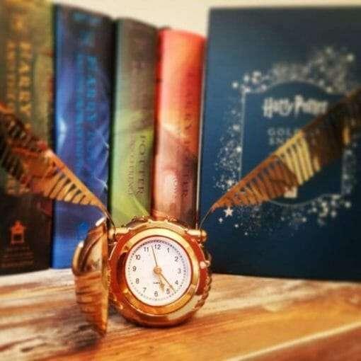 Relogio Pomo de Ouro Harry Potter4 510x510 - Relógio de mesa Pomo de Ouro Harry Potter