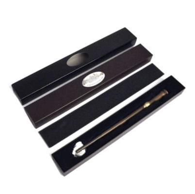 varinha mundungo fletcher oficial caixa basica Noble Collection 804x800 402x400 - Dúvidas frequentes sobre varinhas Noble Collection
